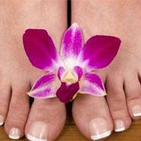 Выпирающая косточка на ноге: причины и лечение