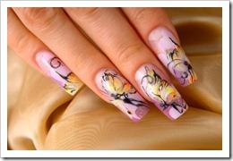 Наращивания ногтей гелем.