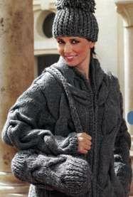 Пальто, сумочка и шапочка разм. 38