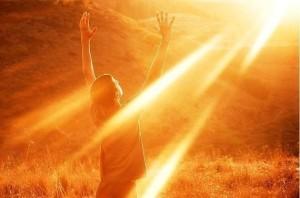 В счастливые минуты — Хвали Бога!