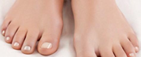 Шишка на ноге возле пальцев: лечение и реальные мифы