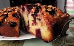 Пирог с замороженной черной смородиной
