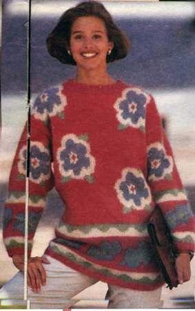 Пуловер с цветами