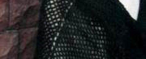 Вязаная черная шаль