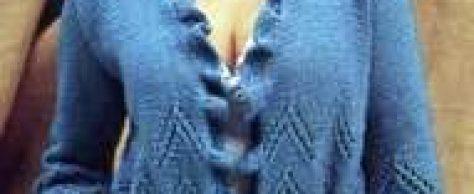 Вязаный жакет с воланом и кружевными цветами размеры: 34/36 (38/40)