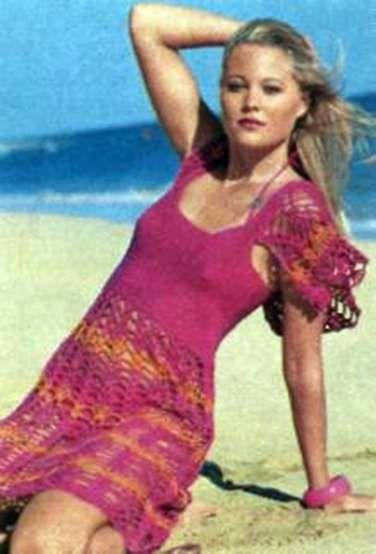 Вязаное ажурное платье с плотным лифом размеры: 36/38 (40/42)