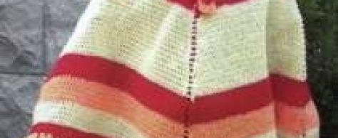 Вязаное детское пончо и шапочка размер: на 3-4 годика