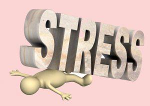 stress-meshaet-polnotsennomu-snu