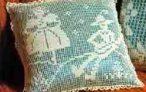 Филейное вязание, подушки с разными сюжетами