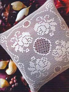 Филейное вязание, подушки