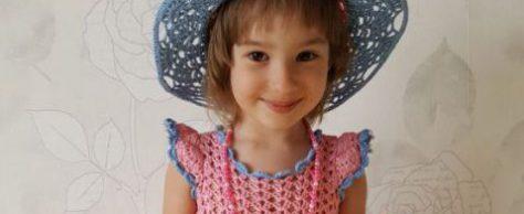 Розово-голубое платье и шляпка на лето для девочки