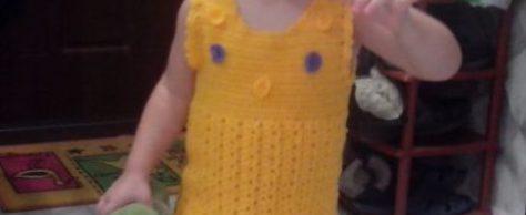 Платье связанное крючком для девочки 2 лет