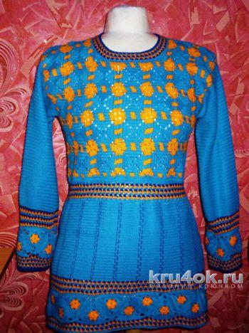 Женский пуловер крючком. Работа Ирины