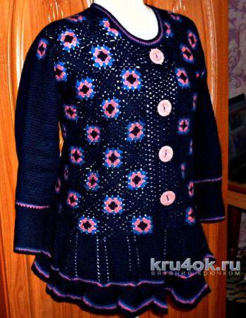 Пуловер из бабушкиных квадратов. Работа Ирины
